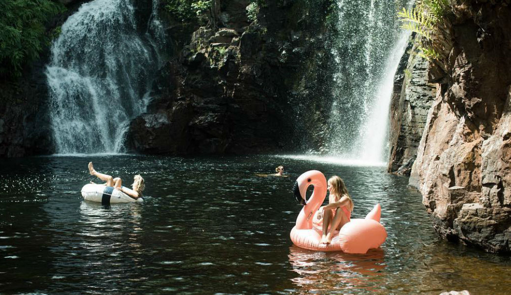 waterfall-flamingo-float-summer-m2woman