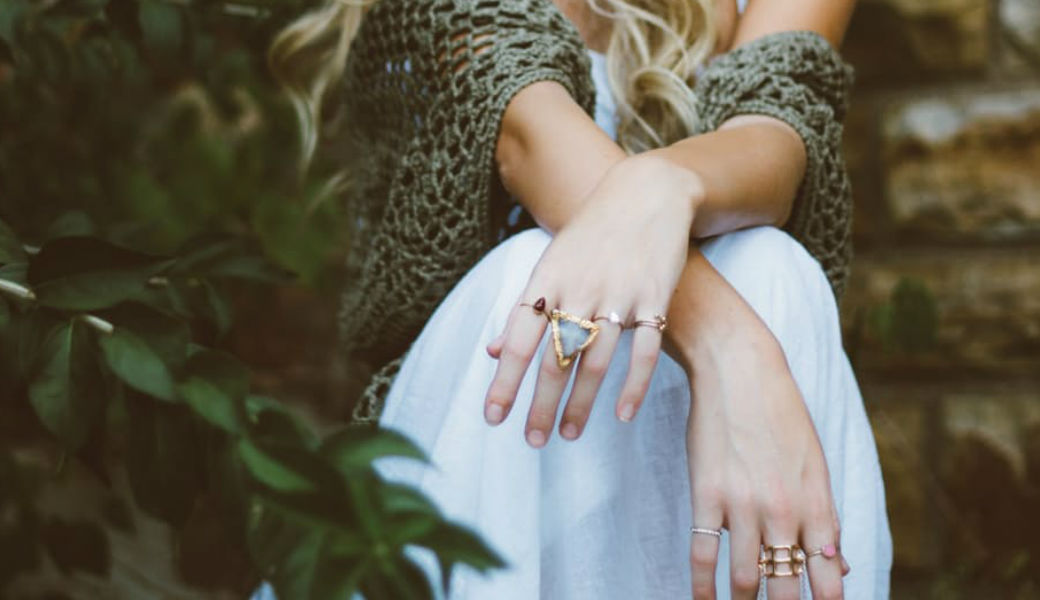 woman-jewellery-m2woman