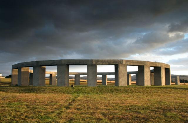 01 Stonehenge Aotearoa(copy)