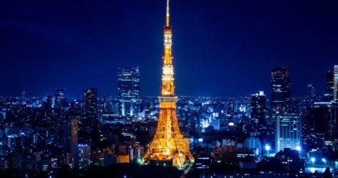 Tokyo-Tower-Amazing-blue