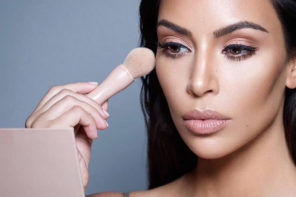 NEW Kardashian beauty alert: Powder, contour and highlight kits