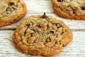 How To Make Chewy Gluten-Free Chocolate Chip Cookies
